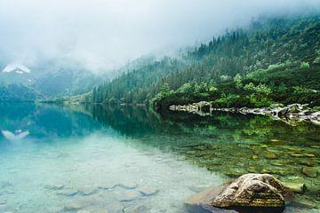 Turquoise meer in de Poolse Tatras von Nick Chesnaye