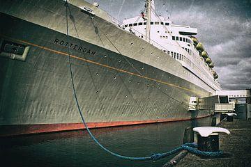 Het schip SS Rotterdam in ruste van Bas Bleijenberg