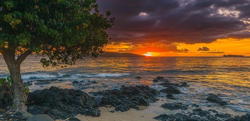 Zonsondergang Ahihi Kinau, Maui, Hawaii van Henk Meijer Photography