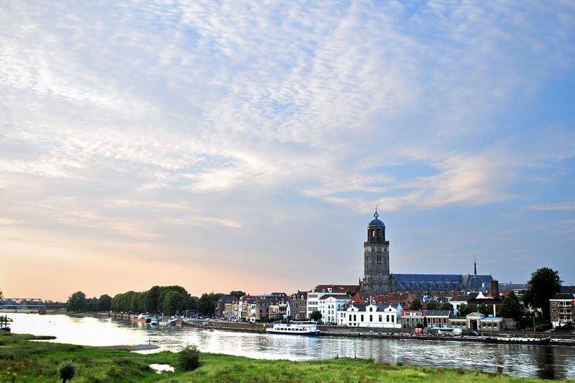 De skyline van Deventer von Arjan Penning