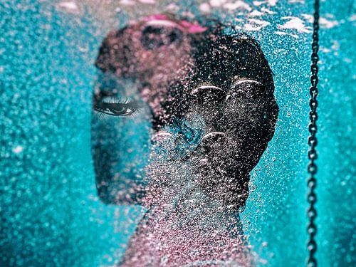 The eye underwater