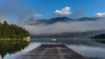 Perfekter Moment am Bohinjer See. von Axel Weidner