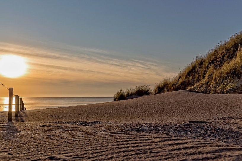 Zonsondergang strand van Miranda van Hulst