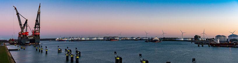 Panoramafoto van Sleipnir het grootste kraanschip van de wereld  In Rotterdam van Erik van 't Hof