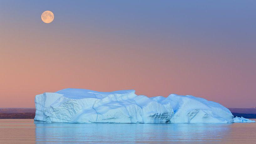 Zonsondergang Hall Bredning, Scoresbysund, Groenland van Henk Meijer Photography