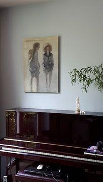 Kundenfoto: Zwei Mädchen mit den Beinen im Wasser, Johan Antonie de Jonge