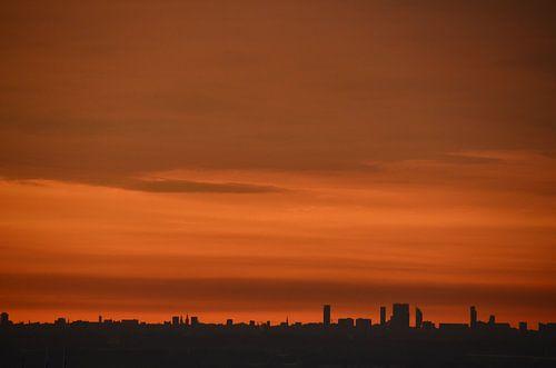 Beautiful sunset over The Hague and Delft von Marcel van Duinen