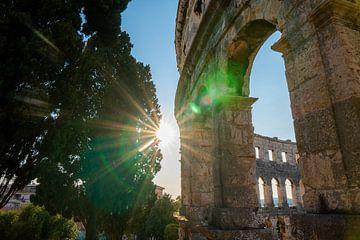Das antike Amphitheater von Pula in Kroatien von Art Shop West