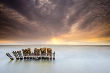 Golfbreker in het IJsselmeer van Jenco van Zalk