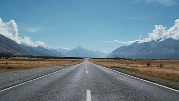 Roadtrip op de snelweg in Nieuw Zeeland van