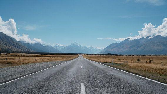 Roadtrip op de snelweg in Nieuw Zeeland