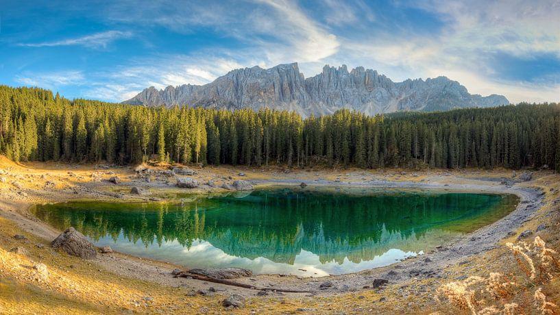 Karersee in South Tyrol van Michael Valjak