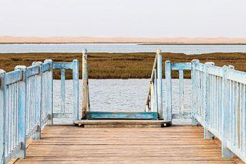 Lagune avec jetée en bois sur videomundum