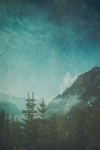 Bergtal im Morgendunst von Dirk Wüstenhagen