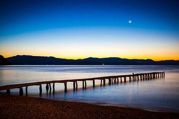 Steiger tijdens zonsopkomst, Corfu (Griekenland) van Michiel de Bruin