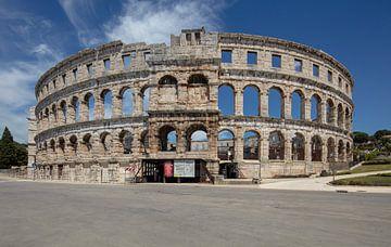 Römische Arena im Zentrum von Pula, Kroatien von Joost Adriaanse