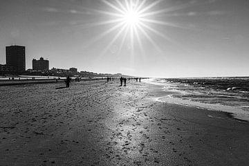 Zandvoort am Meer von Elma Mud