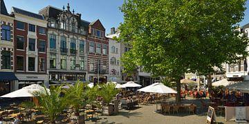 het plein Plaats in Den Haag centrum von Georges Hoeberechts