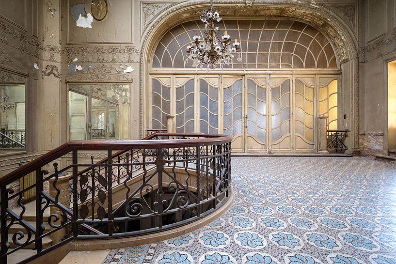 Treppe in einem verlassenen Theater von Kristof Ven