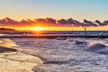 Sonnenuntergang am Strand der Ostsee von Gunter Kirsch