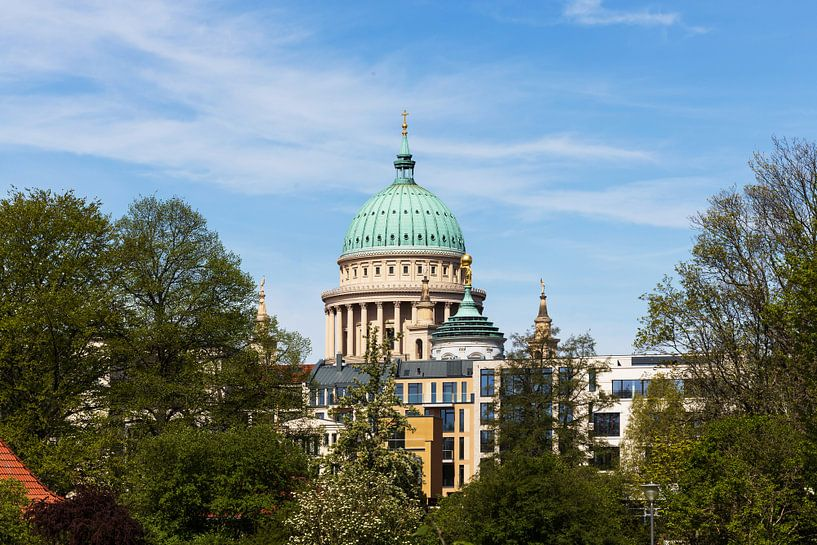 Ligne d'horizon de Potsdam avec l'église Nikolaï sur Frank Herrmann