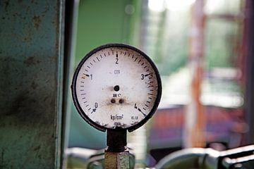 Gebroken drukmeter van Jan Brons