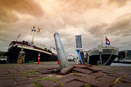 Amsterdam erupts