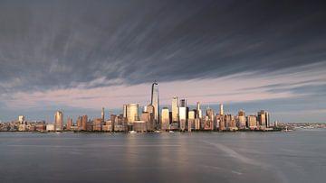 New York City Skyline Coucher de soleil sur Marieke Feenstra