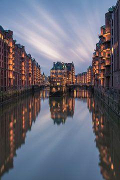 Wasserschloss - Speicherstadt Hamburg von Robin Oelschlegel