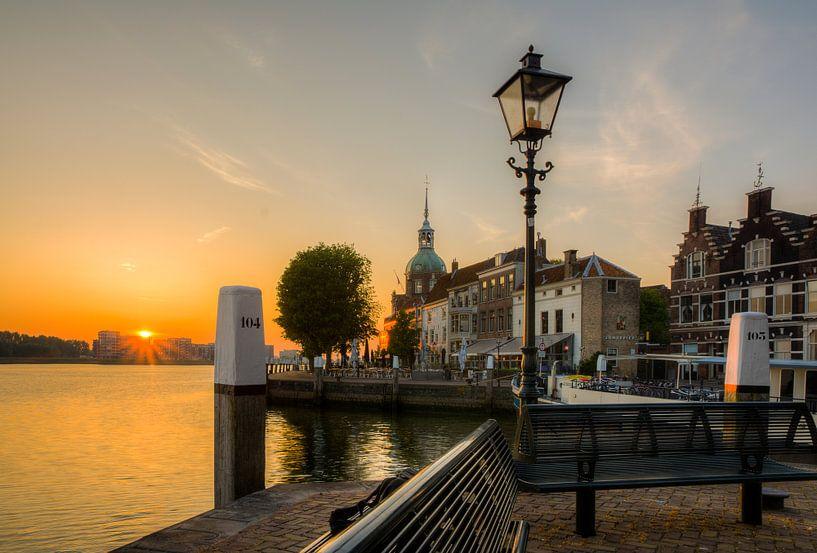 Dordrecht, Groothoofd bij zonsopkomst van Kees van der Rest