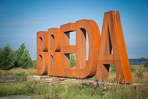 BREDA letters in kleur