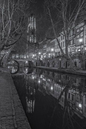 Utrecht by Night - Oudegracht, Gaardbrug en Domtoren (ZW)