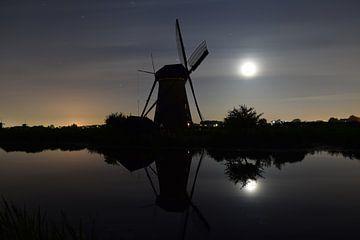nacht in Kinderdijk