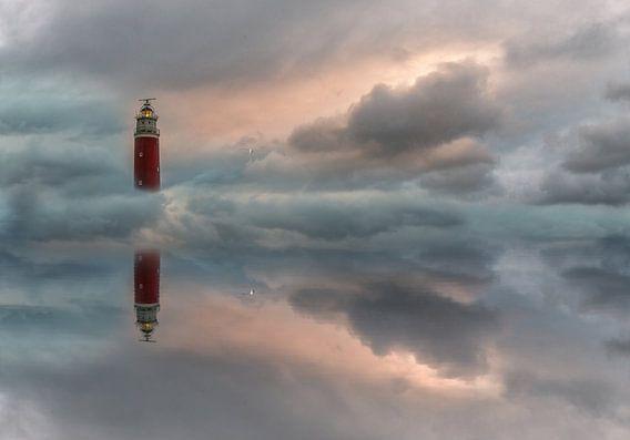 Floating lighthouse van Roelie Steinmann
