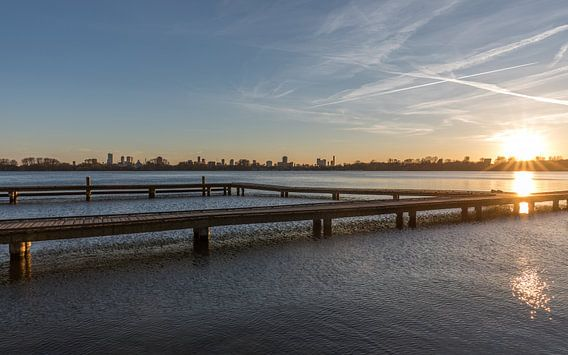 De zonsondergang bij de Kralingse Plas in Rotterdam