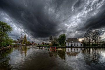 Roeien voor de storm / Veerhuis / Overschie / Rotterdam sur Rob de Voogd / zzapback