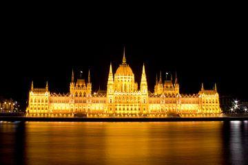 Budapest by night van Aldo Westmaas