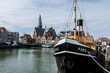 Maassluis-Grote kerk en de Furie van Hans Blommestijn