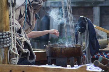 Vis bakken op een botter van Natasja Claessens