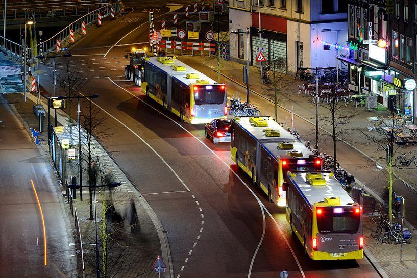 Vredenburg in Utrecht met bussen van Donker Utrecht