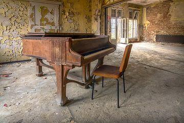 Das einsame Klavier von Frans Nijland