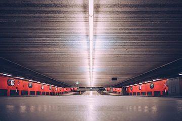 Parkhaus Hauptbahnhof Arnheim von Nicky Kapel