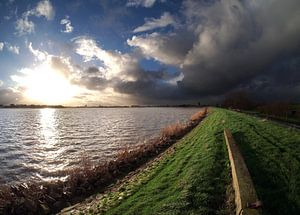 Ijsselmeerdijk nabij Monnickendam.