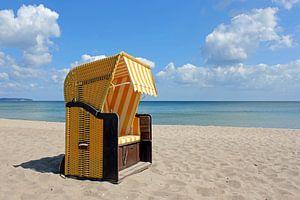 Gelber Strandkorb van