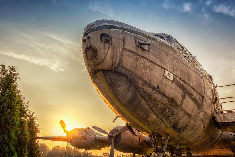 Lost Place - Flugzeug von Carina Buchspies