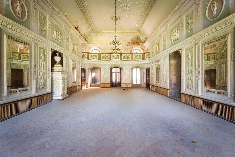 Kamer waar Gedanst werd. van Roman Robroek