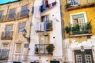 Balkonnetjes in Lissabon sur Dennis van de Water
