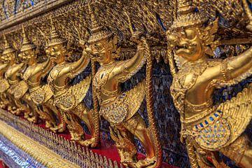 Garudas im Wat Phra Kaew, Bangkok von Jeroen Langeveld, MrLangeveldPhoto