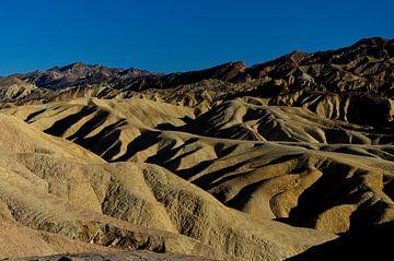 Zabriskie Point im Death Valley, Nevada, USA von Arjen van de Belt