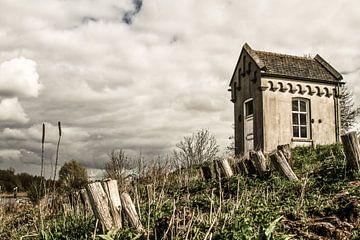 Oud peilhuisje in De Heen (Brabant) van Sabina Meerman
